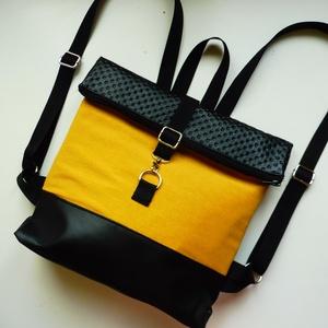Sárga és fekete roll up hátizsák, Táska, Divat & Szépség, Táska, Hátizsák, Laptoptáska, Fekete textilbőrből és sárga vászon anyagból készült roll upos táska. A vászon réteg alatt egy vízál..., Meska