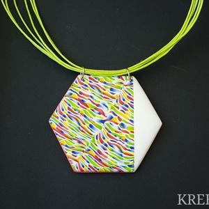 Színes csíkok - hatszög alakú nyaklánc, Medálos nyaklánc, Nyaklánc, Ékszer, Ékszerkészítés, Gyurma, Ékszergyurmából készítettem ezt a színes medált (a minta nem festett).\nHossza 5 cm, max.6 cm széles,..., Meska