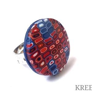 """Piros és kék - retro mintás ékszergyurma gyűrű, Szoliter gyűrű, Gyűrű, Ékszer, Ékszerkészítés, Süthető gyurmából készítettem ezt az egyedi, \""""retro\"""" mintás gyűrűt (a minta nem festett!).\nA gyűrű k..., Meska"""