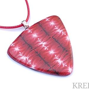 Piros mintás ékszergyurma nyaklánc, Ékszer, Ékszerszett, Nyaklánc, Ékszerkészítés, Süthető gyurmából készítettem a  medált (a minta nem festett), amit 43 cm hosszú pamutszálra fűztem...., Meska