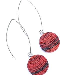 Piros-fekete hullámok - ékszergyurma fülbevaló, Lógós fülbevaló, Fülbevaló, Ékszer, Gyurma, Ékszergyurmából készítettem ezt az igazán különleges, egyedi fülbevalót. Medál mérete 2 cm, az ANTIA..., Meska