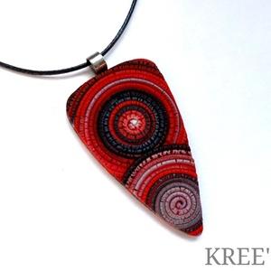 Piros, ezüst, fekete spirálos ékszergyurma nyaklánc  - Meska.hu