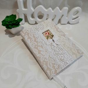 White Dream - napló, Otthon & Lakás, Papír írószer, Jegyzetfüzet & Napló, Varrás, Fehér színű,csupa csipke naplót készítettem, mely minden részletében finom, légies, és nőies. Egyedi..., Meska