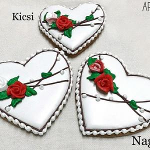 Mézeskalács rózsás szív 2 méretben, Esküvő, Emlék & Ajándék, Köszönőajándék, Mézeskalácssütés, Mézeskalács szív fehér alapon térbeli rózsákkal díszítve 2 méretben. Díszcsomagolásban küldjük. \n\nKi..., Meska