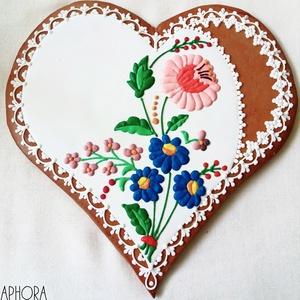 Kalocsai mintás nagy mézeskalács szív 2. , Esküvő, Emlék & Ajándék, Nászajándék, Mézeskalácssütés, Nagy mézeskalács szív kalocsai virág és csipke díszítéssel. A szív bal oldalára egyedi szöveg kérhet..., Meska