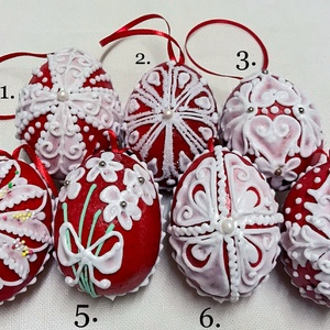 Mézeskalács húsvéti tojás 3D (kicsi), Játék & Gyerek, Térbeli tojások mézeskalácsból piros alapon különböző díszítéssel. Szalaggal felfüggeszthető.   Tula..., Meska
