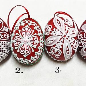 Mézeskalács húsvéti tojás 3D (nagy), Otthon & Lakás, Dekoráció, Függődísz, Mézeskalácssütés, Térbeli tojások mézeskalácsból piros alapon különböző díszítéssel. Szalaggal felfüggeszthető. \n\nTula..., Meska