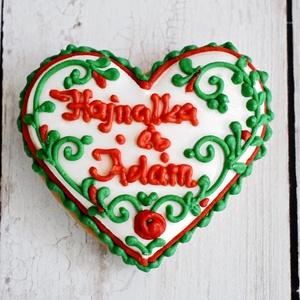 Mézeskalács esküvői szív magyaros, esküvői köszönőajándék,köszönetajándék , Esküvő, Emlék & Ajándék, Köszönőajándék, Mézeskalácssütés, Mézeskalács esküvői szív egyedi felirattal díszítve magyaros színekben.Celofánba csomagolva,masnival..., Meska