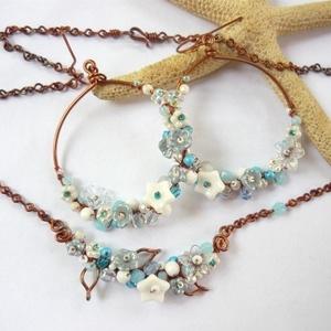 Virágkarika kék-fehérben - réz fülbevaló (kricsar) - Meska.hu