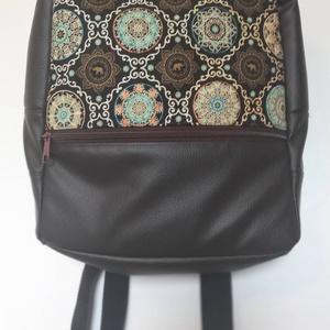 Backpack elefánt mintával, Táska, Divat & Szépség, Táska, Hátizsák, Varrás, Elefánt mintás barna divatos hátizsák.\n\nTextilbőrből készült, belseje merevített, vászon bélésű.\nAz ..., Meska