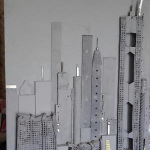 Manhattan szürke, Otthon & lakás, Képzőművészet, Vegyes technika, Újrahasznosított alapanyagból készült termékek, Rétegelt lemezre készült alkotás.Bőr,textill,fém és fa felhasználásával.Mérete:100cm×50cm...., Meska