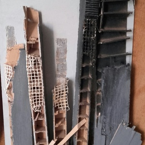 A nagy földrengés, Otthon & lakás, Képzőművészet, Vegyes technika, Újrahasznosított alapanyagból készült termékek, Rétegelt lemezre készült alkotás.Mérete:80cm×50cm., Meska