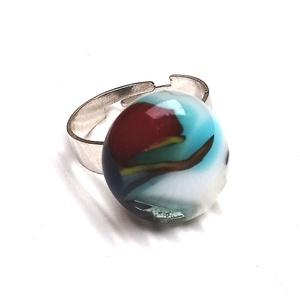 Ékszerüvegből készült gyűrű, Szoliter gyűrű, Gyűrű, Ékszer, Üvegművészet,  Bullseye ékszerüvegből készítettem a gyűrűmedált olvasztásos technikával. A medál mérete 2 cm x  1,..., Meska