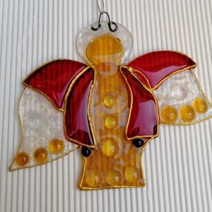 Őrangyal - arany-piros ékszerüveg angyal, Egyéb, Otthon & lakás, Dekoráció, Ünnepi dekoráció, Karácsony, Karácsonyi dekoráció, Ajándékkísérő, Üvegművészet, Ékszerüvegből készült angyalka, 13x11 cm. , Meska