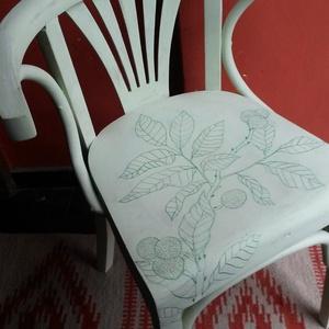 Vintage Thonet szék, Otthon & lakás, Bútor, Szék, fotel, Famegmunkálás, Festett tárgyak, 80 éves, antik székek, nem utángyártottak! Ennek megfelelően a minőségük is változó. Kézzel egyenkén..., Meska