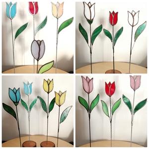 Tiffany tulipánok vegyes színekben virágládába szúrható változatban, Otthon & lakás, Dekoráció, Dísz, Ünnepi dekoráció, Szerelmeseknek, Anyák napja, Üvegművészet, Tiffany technikával készített üveg tulipán 1 vagy 2 levéllel, válaszható patina széllel a képen láth..., Meska