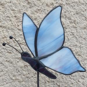 Tiffany pillangó virágok közé (kék, rózsaszín) - Meska.hu