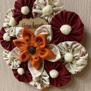 Virág ajtódísz, Otthon & lakás, Dekoráció, Dísz, Varrás, - Az év bármely évszakára ajánlom olyan helyre ahol az erős napsugárzás és az eső elől védve van. \n-..., Meska