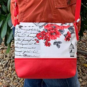 Alkalmi női táska, Táska, Divat & Szépség, Táska, Válltáska, oldaltáska, Varrás, - Alkalmi táska az ünnepnapokra. \n- Mérete: 28x20 cm. \n- Vállpántja 125cm ami kissebre állítható.\n- ..., Meska