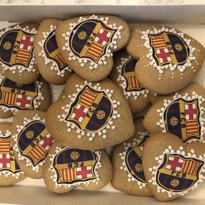 Barcelona mézes, Kulinária (élelmiszer), Édességek, Méz, Mézeskalácssütés, Kézzel készült mézeskalács \nAzonnal vihető.\nA doboz mérete:15*20 cm\nA csomag 15 db  mézest tartalmaz..., Meska