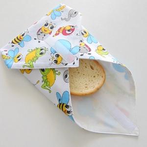 Újraszalvéta- színes bogár mintás/ szendvics csomagoló, nowaste, textil szalvéta, Táska & Tok, Uzsonna- & Ebéd tartó, Szendvics csomagoló, Varrás, Zero waste!\nSzínes bogár mintás öko szalvéta.\nTépőzárral rögzíthető. Belső oldala vízhatlan, könnyen..., Meska