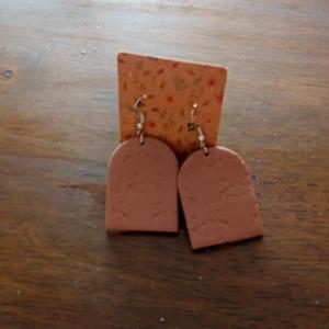Gyurmából készült fülbevaló, polymer clay earring, Ékszer, Fülbevaló, Gyurma, Süthető gyurmából készült fülbevaló.\nMérete: 2,5*3,5cm.\nAkasztós, ezüst.\n, Meska