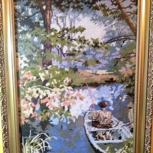 Csónakos pecás, Gobelin, Textil, Művészet, Varrás, Hímzés, A gobelin egy horgászt ábrázol a csónakjában, a fák között. Gobelin varrással, balról jobbra dőlő te..., Meska
