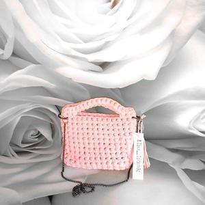 Pólófonál mini táska, Táska & Tok, Horgolás, Rózsazsín béleletlen pólófonál mini záska 25x24 cm, Meska