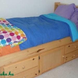 Fenyő ágy, 4db fiókkal, 1db nyitható szekrénnyel., Bútor, Otthon & lakás, Ágy, Famegmunkálás, Fenyő ágy, 4db fiókkal, 1db nyitható szekrénnyel.\n\nEgyedi elképzelés alapján is gyártunk ágyat.\n\nÁgy..., Meska