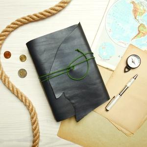 \' Viking \' Antik Bőr Napló A5 - Szimbólummal - Égetett első lappal, Otthon & lakás, Naptár, képeslap, album, Jegyzetfüzet, napló, Bőrművesség, Könyvkötés, Antik stílust kedvelőknek! \n\nAz első oldalon egy Viking jelképpel:\n-  neve Vegvisir - Viking Iránytű..., Meska