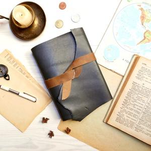\' Mjölnir - THOR Kalapácsa \' Antik Bőr Napló A5 - Szimbólummal - Tépett első lappal, Otthon & lakás, Naptár, képeslap, album, Jegyzetfüzet, napló, Bőrművesség, Könyvkötés, Antik stílust kedvelőknek! \n\nAz első oldalon egy Viking jelképpel:\n-  neve Mjölnir - THOR Kapalácsa ..., Meska
