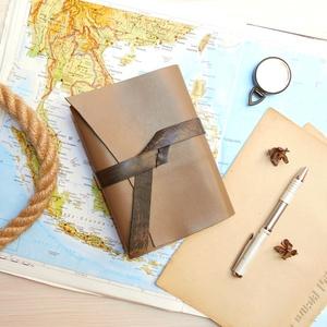 \' Indiana Jones \' Antik Bőr Napló / Journal A6 MÉRETŰ, Jegyzetfüzet & Napló, Papír írószer, Otthon & Lakás, Bőrművesség, Könyvkötés, Antik stílust kedvelőknek! \nNőknek és Férfiaknak egyaránt ajánlom! \n\n°°°°°°°°°°°°°°°°°°°°°°°°°°°°°°°..., Meska