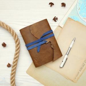 \' Mjölnir - THOR Kalapácsa \' Antik VALÓDI BŐR Napló A6 - Szimbólummal - Tépett első lappal, Otthon & Lakás, Papír írószer, Jegyzetfüzet & Napló, Bőrművesség, Könyvkötés, Antik stílust kedvelőknek! \n\nAz első oldalon egy Viking jelképpel:\n-  neve Mjölnir - THOR Kapalácsa ..., Meska