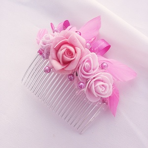 Egyedi, kézműves, rózsaszín hajdísz ünnepi alkalomra, Fésűs hajdísz, Hajdísz, Esküvő, Ékszerkészítés, Virágkötés, Egyedi hajdíszt keresel az esküvődre, vagy koszorúslányként valami ünnepi hajbavalót keresel? Akkor ..., Meska