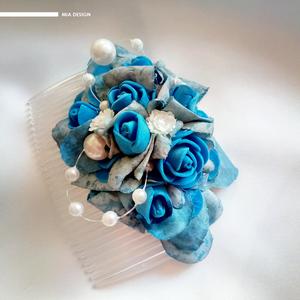 Egyedi kék-vintage stílusú esküvői hajdísz, Esküvő, Esküvői ékszer, Hajdísz, ruhadísz, Nászajándék, Ékszerkészítés, Virágkötés, Kék színekben megálmodott vintage stílusú hajdísz, csillogó gyöngyös dekor elemmel.\n\nA hajdísz habró..., Meska