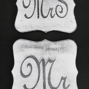 Jelzőtáblák - esküvői táblák - fotózási kellék - esküvői dekoráció - menyasszony - vőlegény - Mr - Mrs - feliratok (KyBarbi) - Meska.hu