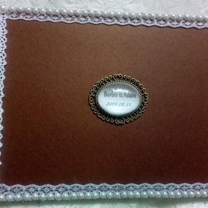 Esküvői vendégkönyv - emlékkönyv - Vendégkönyv - Esküvői Emlékkönyv - könyv, Esküvő, Esküvői dekoráció, Otthon & lakás, Dekoráció, Ünnepi dekoráció, Szerelmeseknek, Nászajándék, Könyvkötés, Decoupage, transzfer és szalvétatechnika, Elegáns, metál bronz barna díszített esküvői vendégkönyv. Egyedileg feliratozott - a szerelmes pár k..., Meska
