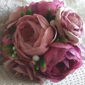 Menyasszonyi dobócsokor - Tölcséres dobócsokor - örökcsokor - virágtölcsér - bazsarózsási csokor, Otthon & lakás, Dekoráció, Csokor, Lakberendezés, Esküvő, Esküvői csokor, Virágkötés, Mindenmás, Exkluzív menyasszonyi dobócsokor... \nMinőségi selyemvirágokkall díszített dobócsokor, amely örök eml..., Meska