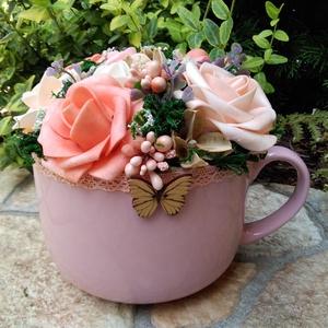 Virágözön bögre , Otthon & Lakás, Dekoráció, Asztaldísz, Virágkötés, Kerámia jumbo bögre nyári hangulatú rózsákkal, termésekkel díszítve. , Meska