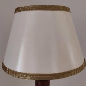 """Papír lámpaernyő \""""trapéz\"""" , Otthon & Lakás, Lámpa, Hangulatlámpa, Papírművészet, A képen látható lámpaernyő azonnal elvihető.\nMérete: 8×13 cm\n\nEgyedi ötleted van? Esetleg más mintáv..., Meska"""