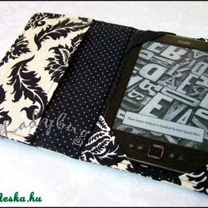 Barokk / fekete-csontszínű  -  Kindle tok (ladybug67) - Meska.hu