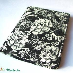 Fekete-fehér E-book  tok (ladybug67) - Meska.hu