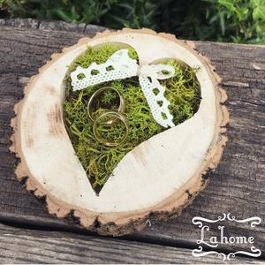 Gyűrűtartó fából, Gyűrűtartó & Gyűrűpárna, Kiegészítők, Esküvő, Virágkötés, Famegmunkálás, Mérete: 13cm, Meska