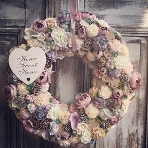 Romantika ajtódísz 40cm, Otthon & lakás, Dekoráció, Lakberendezés, Ajtódísz, kopogtató, Virágkötés, Mérete: 40cm, Meska