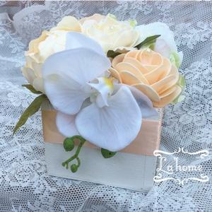 Esküvői szertartás box, Esküvő, Dekoráció, Asztaldísz, Virágkötés, Mérete: 15cm\nA virágok nem élők., Meska