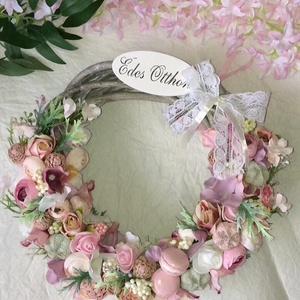 Virágos ajtódísz, Otthon & Lakás, Dekoráció, Ajtódísz & Kopogtató, Virágkötés, 25 cm-es fonott koszorú alapra készített ajtódísz., Meska