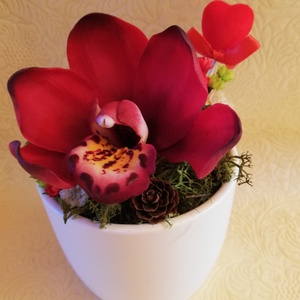 Cymbidium orchidea, Otthon & Lakás, Dekoráció, Csokor & Virágdísz, Festészet, Gyurma, A virág kézzel készült, levegőn száradó fehér agyagból és olajfestékekkel van festve.\nNem törékeny, ..., Meska