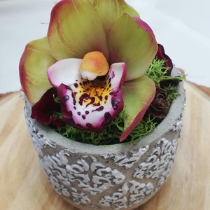 Orchidea, Csokor & Virágdísz, Dekoráció, Otthon & Lakás, Gyurma, Festészet, A virág levegőn száradó fehér agyagból készül, minden része kézzel formázott és olajfestékekkel fest..., Meska