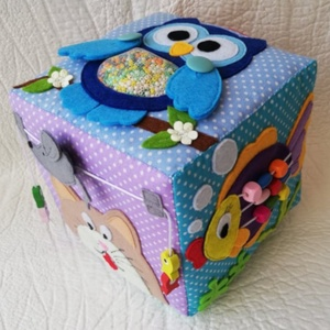Készségfejlesztő babakocka! 1-3 éves babáknak!, Babakocka, 3 éves kor alattiaknak, Játék & Gyerek, Varrás,  Készségfejlesztő babakocka 1-3 éves babáknak!\n\nSaját tervezésű készségfejlesztő babajáték, mely fej..., Meska