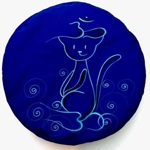 Cica mintás gyermek ülőpárna. , Játék & Gyerek, Játszósátor & Ház, Festett tárgyak, Varrás, Cica mintás meditációs ülőpárna.\nKézzel festett egyedi mintával! Nagy szolgálatot tesz gyerekszobába..., Meska